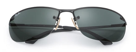 Ray-Ban RB3187 at Collection Black with Green Classic lens