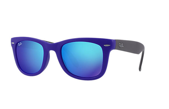 ray ban sunglasses blue lens  ray ban 0rb4105 wayfarer folding flash lenses blue sun