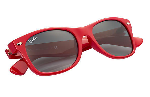 red ray ban glasses  Ray-Ban New Wayfarer Color Splash Red, RB2132