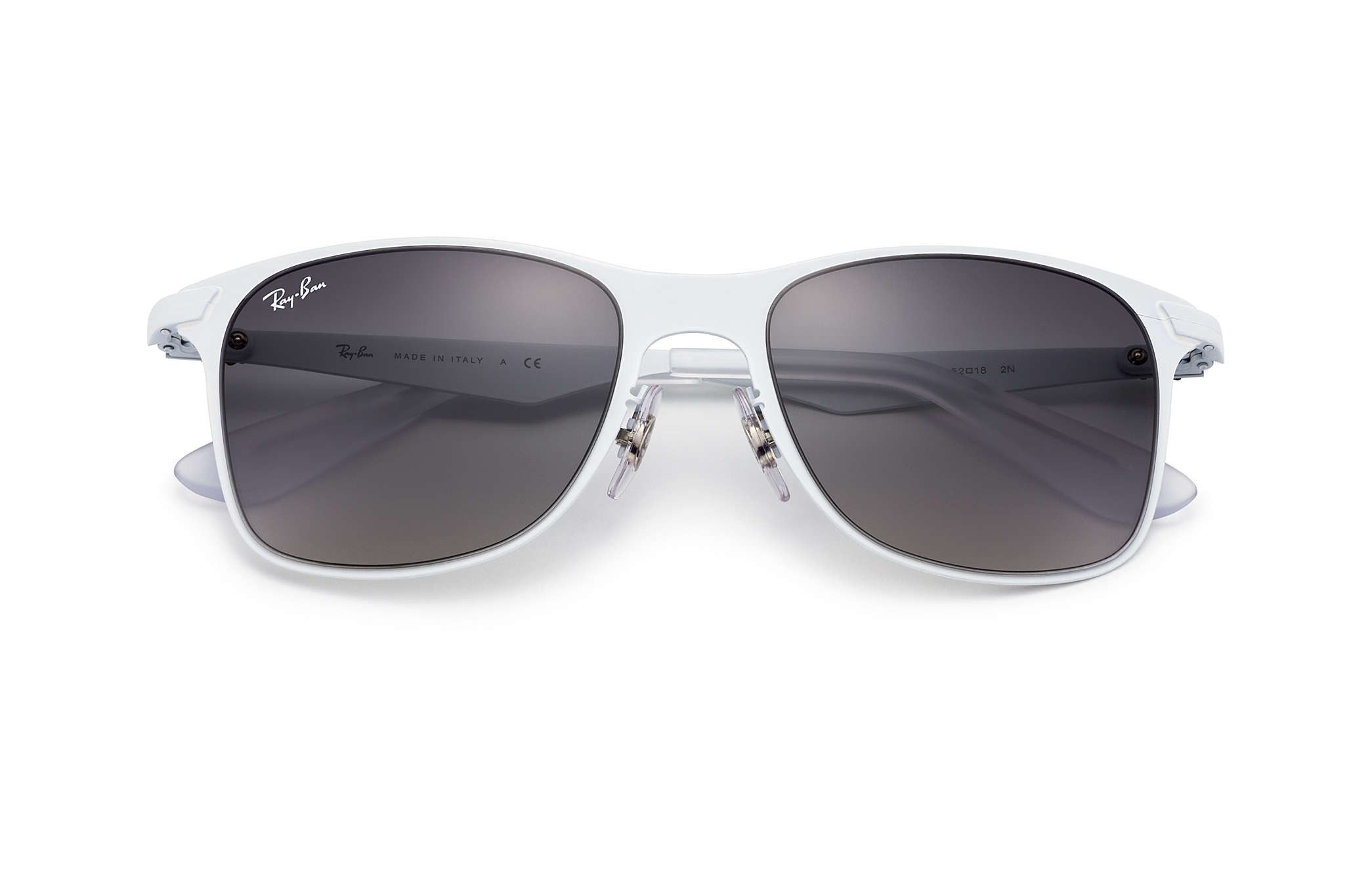 what country are ray bans made in  Ray-Ban Wayfarer Flat Metal White, RB3521