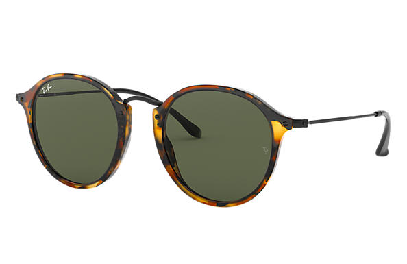 ray ban new shape round sunglasses  ray ban 0rb2447 round fleck tortoise; black sun