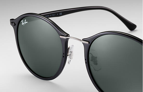 a340065e132 Ray-Ban Sunglasses RB4242 - Black LightRay Titanium