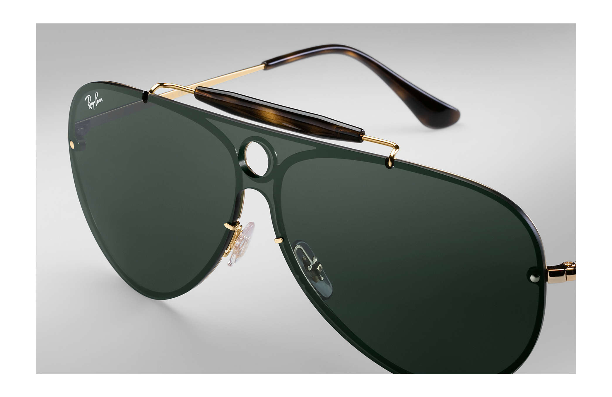sunglasses ray ban  Ray-Ban Blaze Shooter Gold, RB3581N