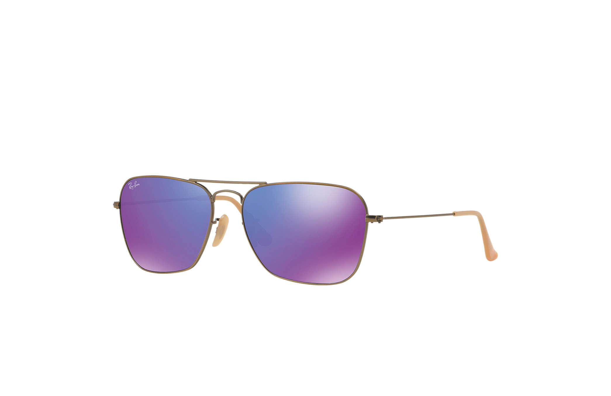 d964a03326e Ray Ban Caravan Arista Frame Green Lens Sunglasses RB3136 001 58 15