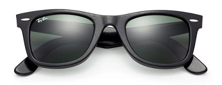 Ray-Ban Original Wayfarer Distressed Black with Green Classic G-15 lens