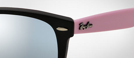 Custom Ray-Ban Wayfarer logo on pink temple