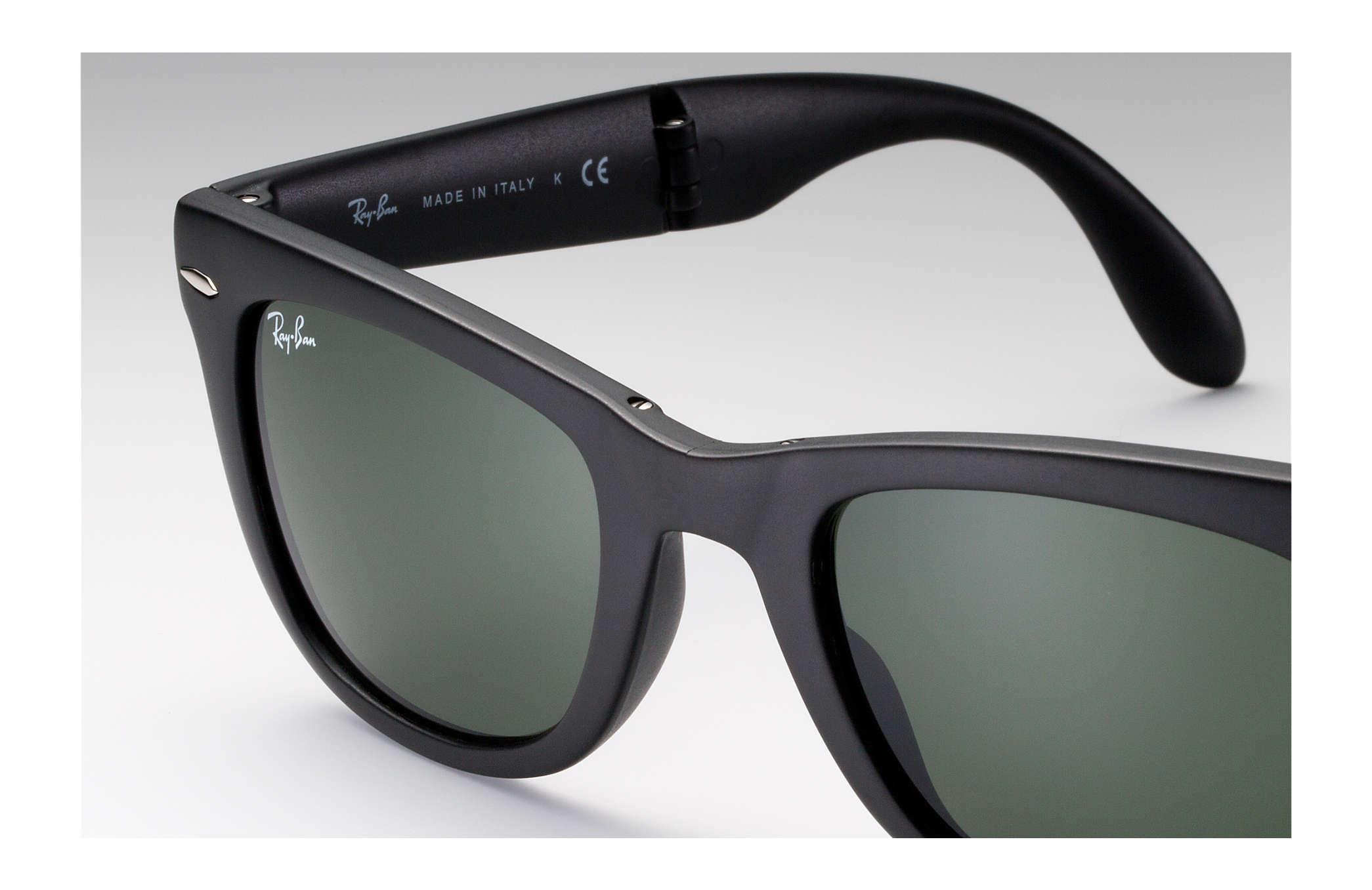 6eb5912ce818f Ray-Ban Wayfarer Folding Classic RB4105 Black - Nylon - Green Lenses ...