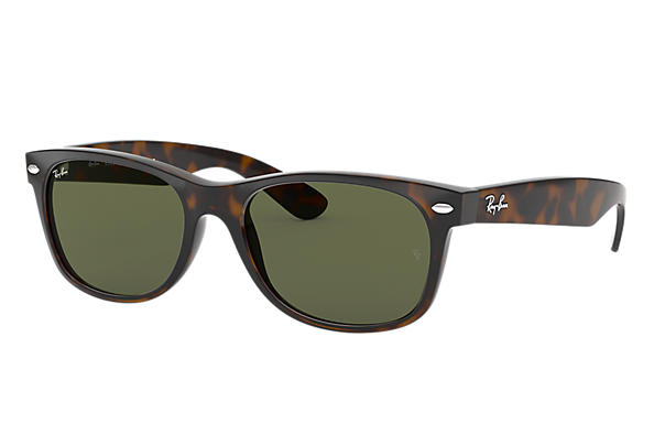 93d8077bcb9 Ray-Ban New Wayfarer Classic RB2132F Tortoise - Nylon - Green Lenses ...