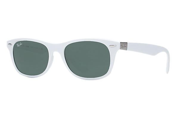 ddd79617ab973 Ray-Ban New Wayfarer Liteforce RB4207 White - Liteforce - Green ...