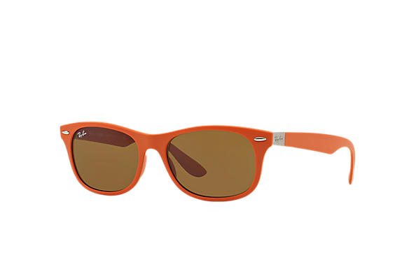 eee426f2342 Ray-Ban New Wayfarer Liteforce RB4207 Brown - Liteforce - Brown ...