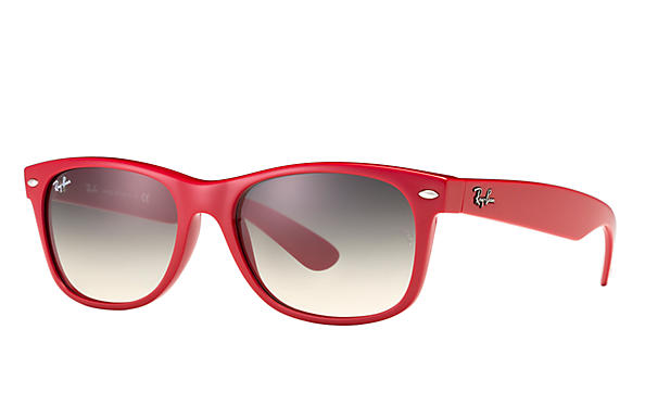 daa469cbe1f Ray-Ban New Wayfarer Color Splash RB2132 Red - Nylon - Light Grey ...