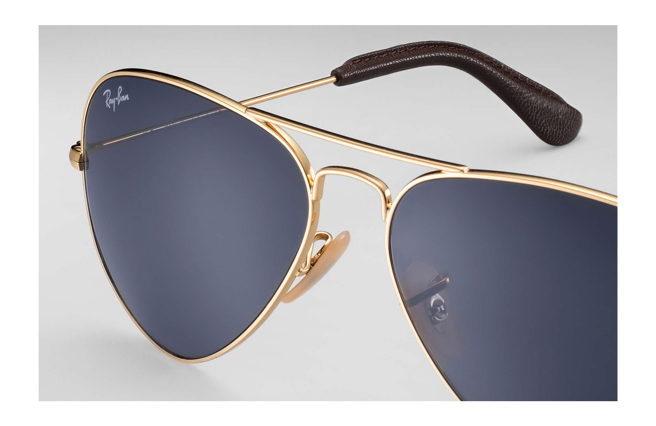 8609af77094ad Ray-Ban Aviator  collection RB3025 Gold - Metal - Blue Gray Lenses ...
