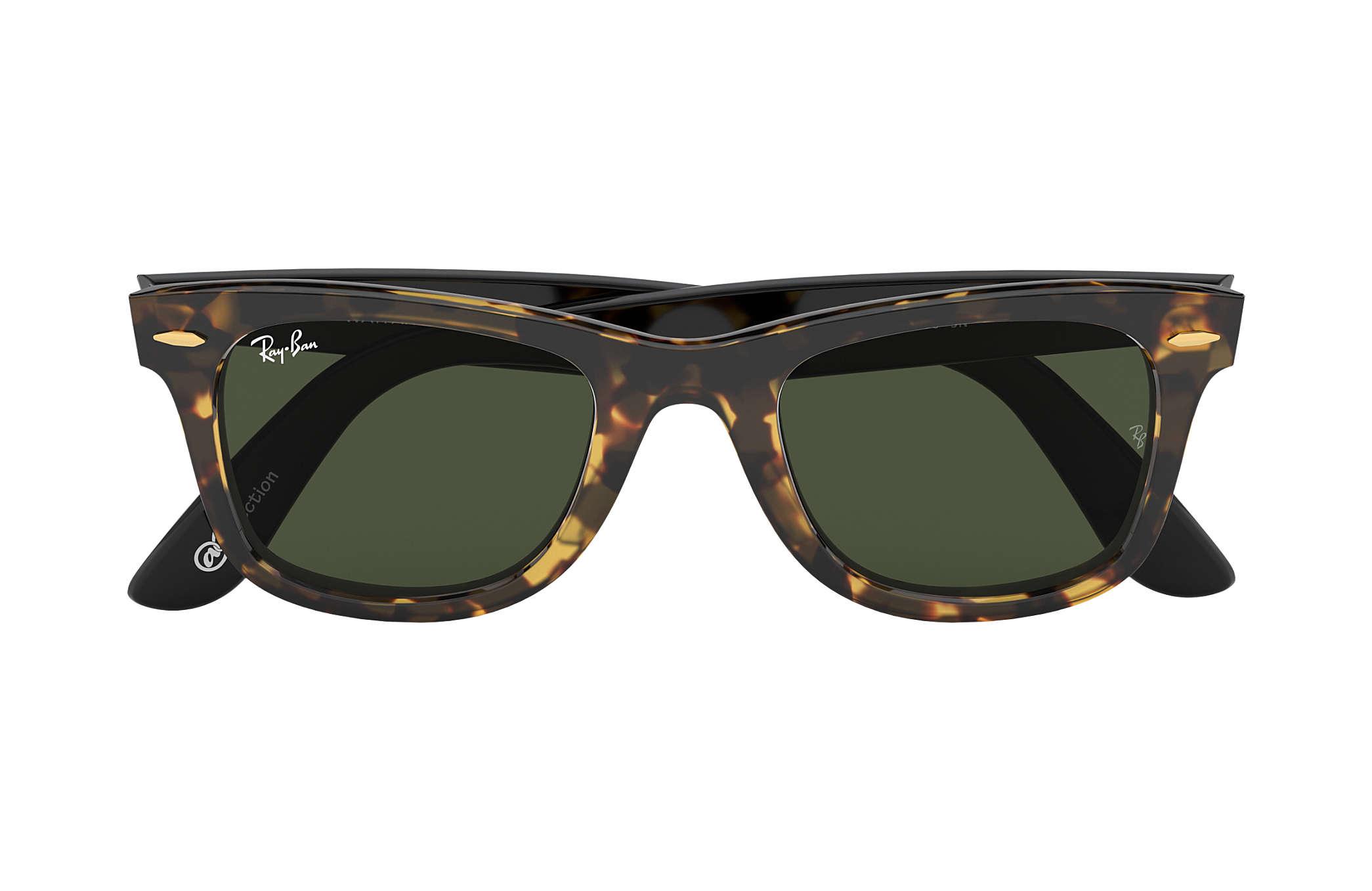 ... Ray-Ban 0RB2140-ORIGINAL WAYFARER  Collection Tortoise  Black SUN ... 6d1e2779dd