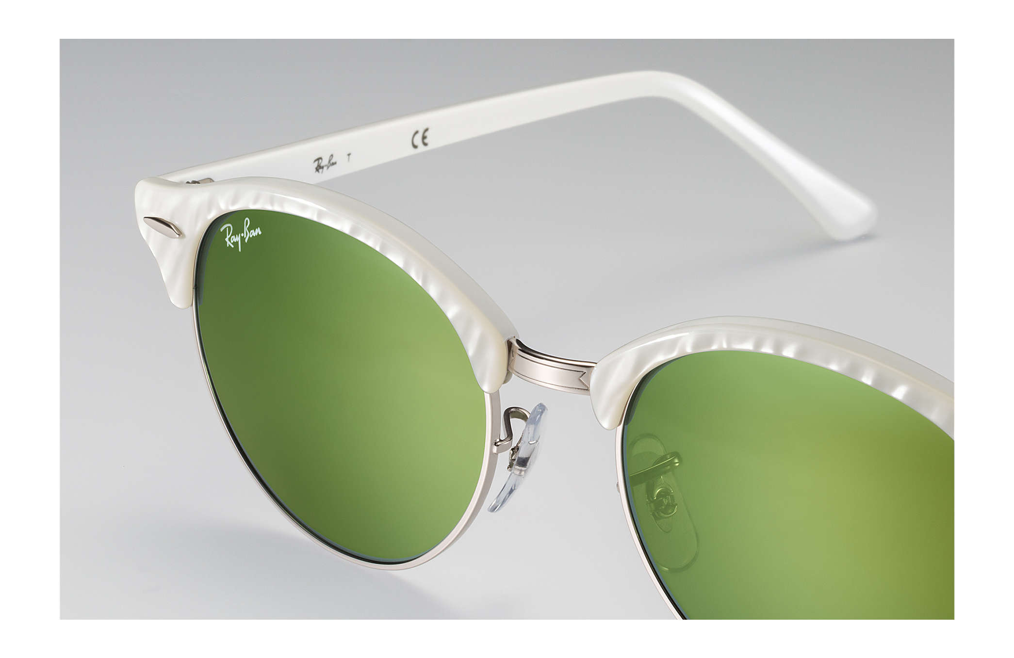 6420762c856d3 Ray-Ban Clubround Flash Lenses RB4246 Branco - Acetato - Lentes ...