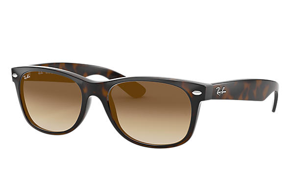 Ray-Ban Sunglasses NEW WAYFARER CLASSIC Tortoise with Light Brown Gradient lens