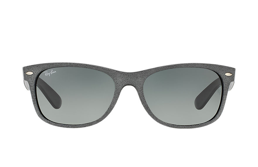 Ray-Ban NEW WAYFARER with ALCANTARA® Gris con lente Gris Degradada
