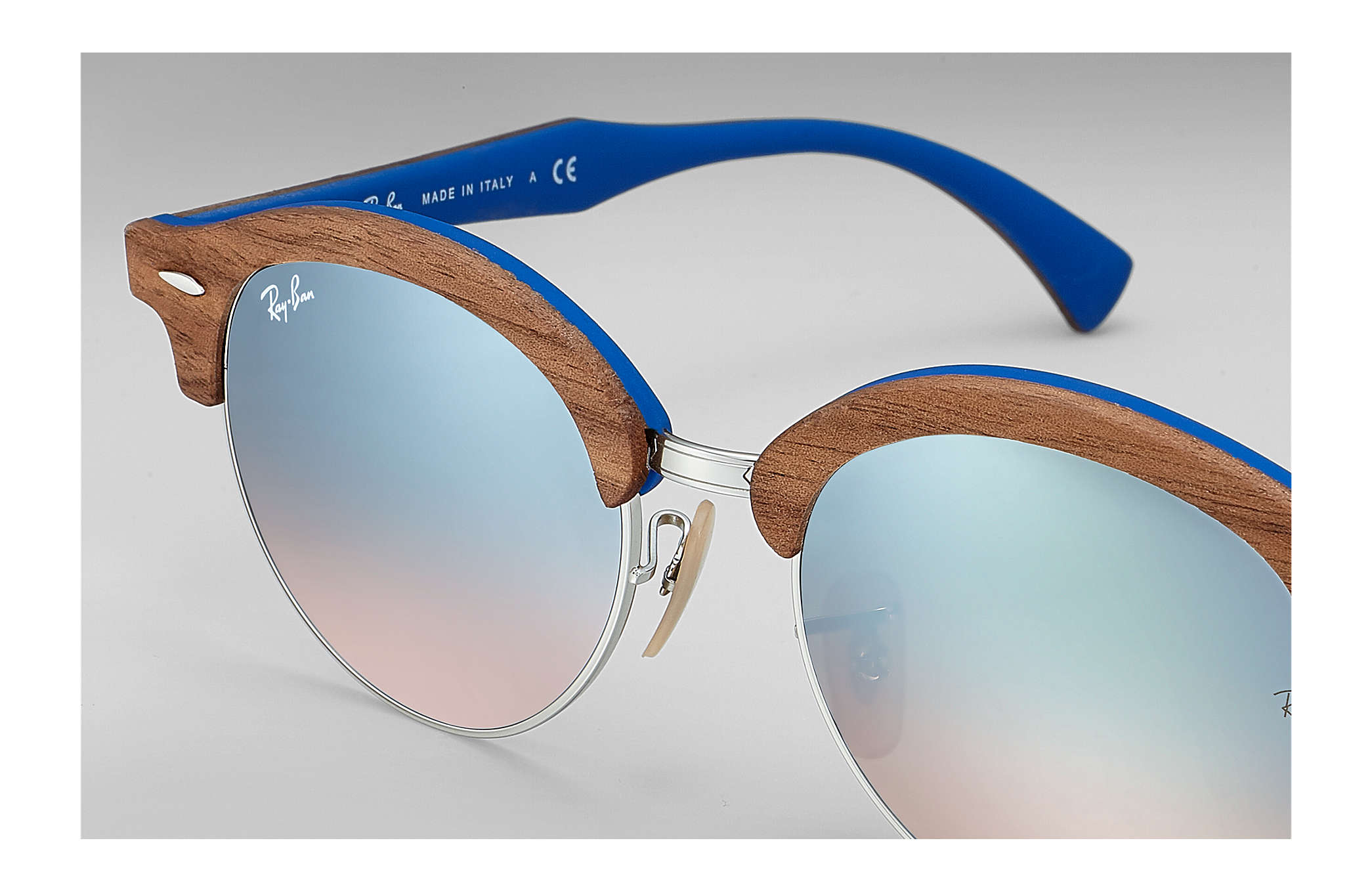 50a94df98efed5 ... Ray-Ban 0RB4246M-CLUBROUND WOOD Marron,Argent  Marron,Bleu clair SUN