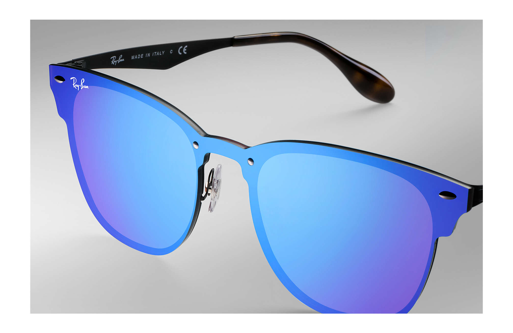f0d5fa9859fe9 Ray-Ban Blaze Clubmaster RB3576N Preto - Metal - Lentes Violeta Azul ...