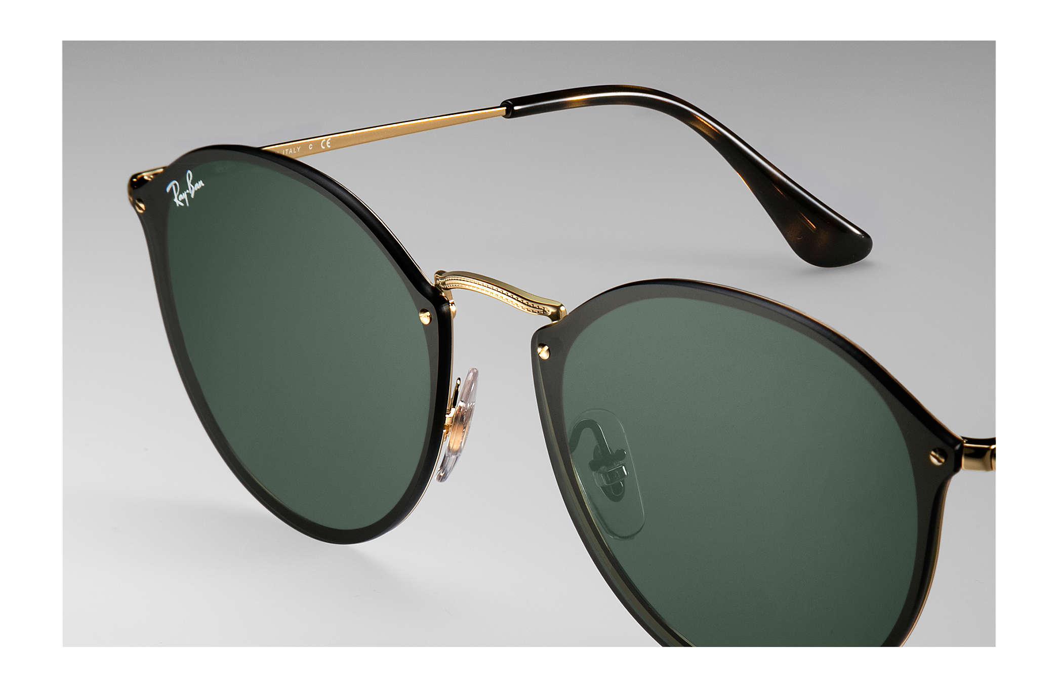 8aa90656b Ray-Ban Blaze Round RB3574N Ouro - Metal - Lentes Verde ...