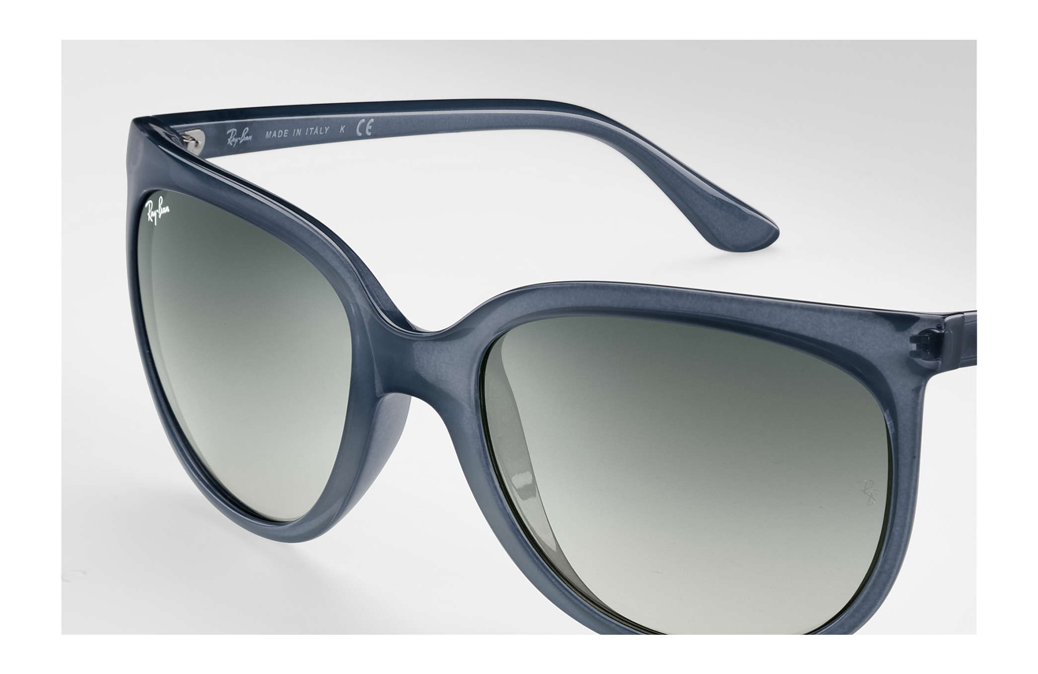 27d836a128ea6 Ray-Ban Cats 1000 RB4126 Blue - Nylon - Grey Lenses ...