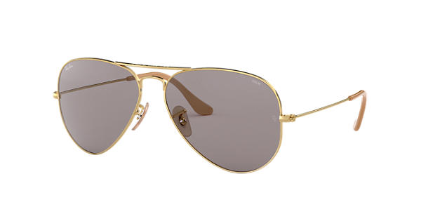 44a133f6905a7 Ray-Ban Aviator Evolve RB3025 Ouro - Metal - Lentes Cinzento -  0RB30259064V858   Ray-Ban® Brasil