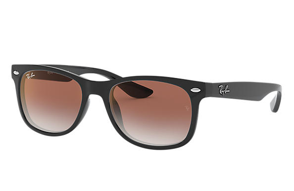 1bb37f85ccc4 Ray-Ban New Wayfarer Junior RB9052S Black - Injected - Red Lenses ...