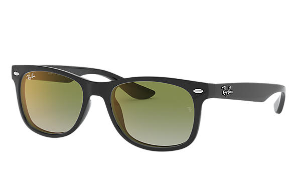 New Wayfarer Junior Ray-Ban RB9052S Noir - Nylon - Verres Vert ... ceb7fe209a75