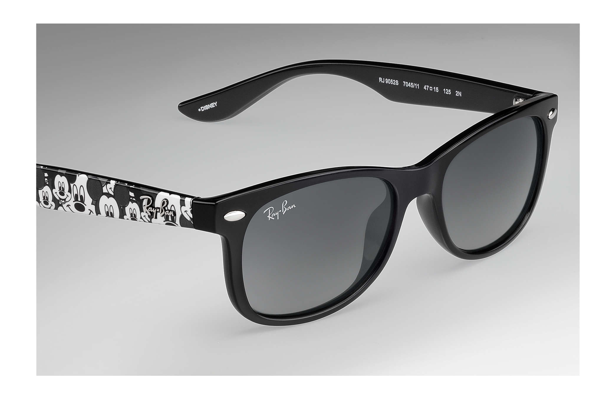 e166800fc377 Ray-Ban Rj9052s Mickey Mouse Collection RB9052S Black - Injected ...