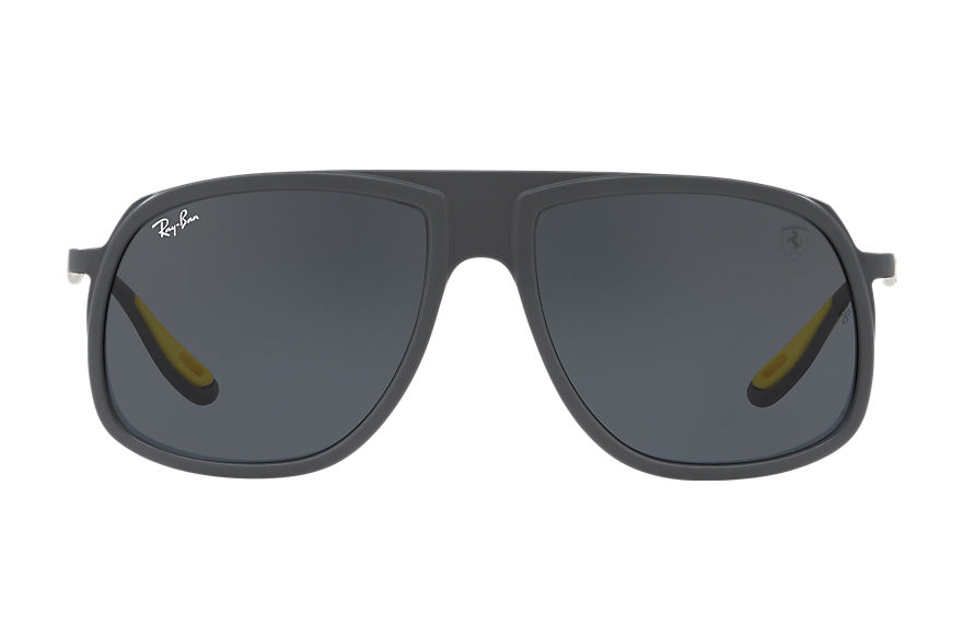 Ray-Ban SCUDERIA FERRARI US LIMITED EDITION Grey with Grey Classic lens