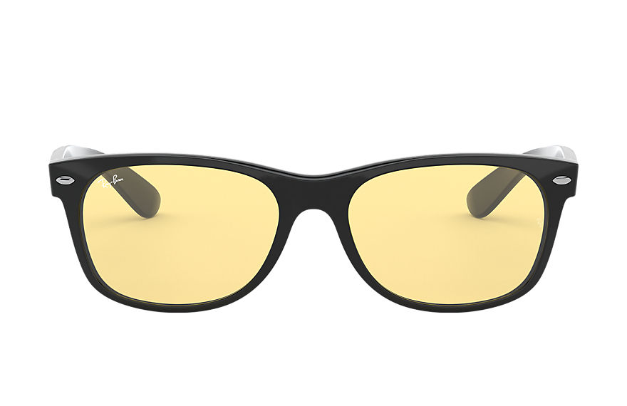 Ray-Ban Sunglasses NEW WAYFARER COLOR MIX Black with Yellow Classic lens